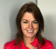 Dr. Ingrid Van Raemdonck